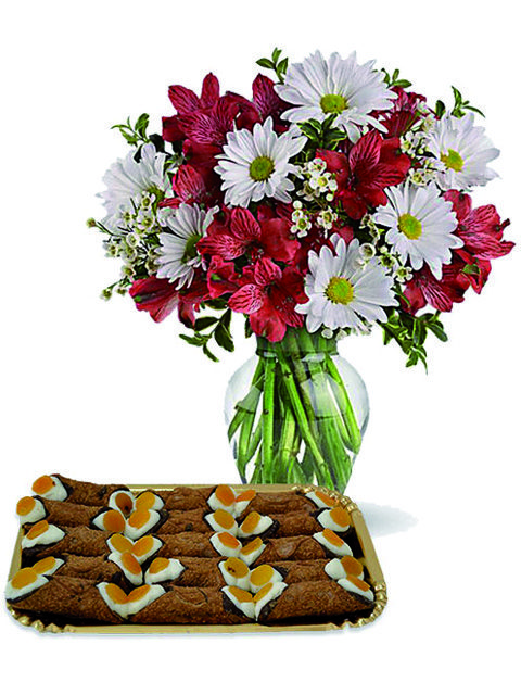 Bouquet di margherite alstroemerie e cannoli
