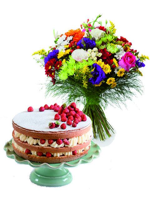 Fiori misti e torta con crema e fragola